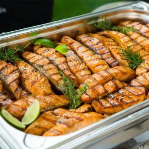 bufet-suedez-ca-si-tip-de-catering